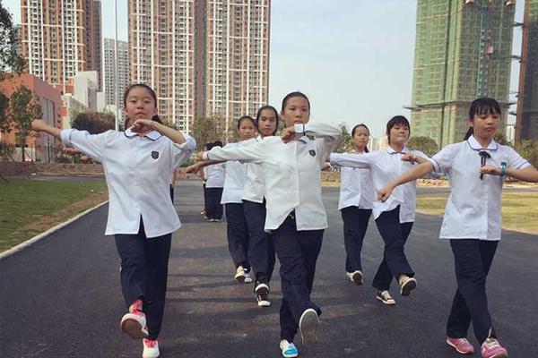 南宁经济开发区第一初级中学教学设备