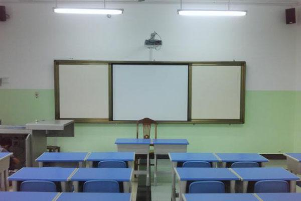 教学设备公司